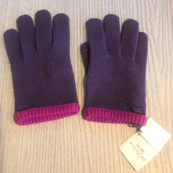 Coach dusty purple gloves size XS